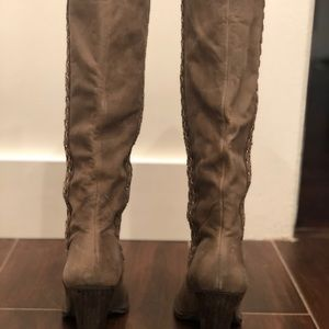 Mia limited edition boots